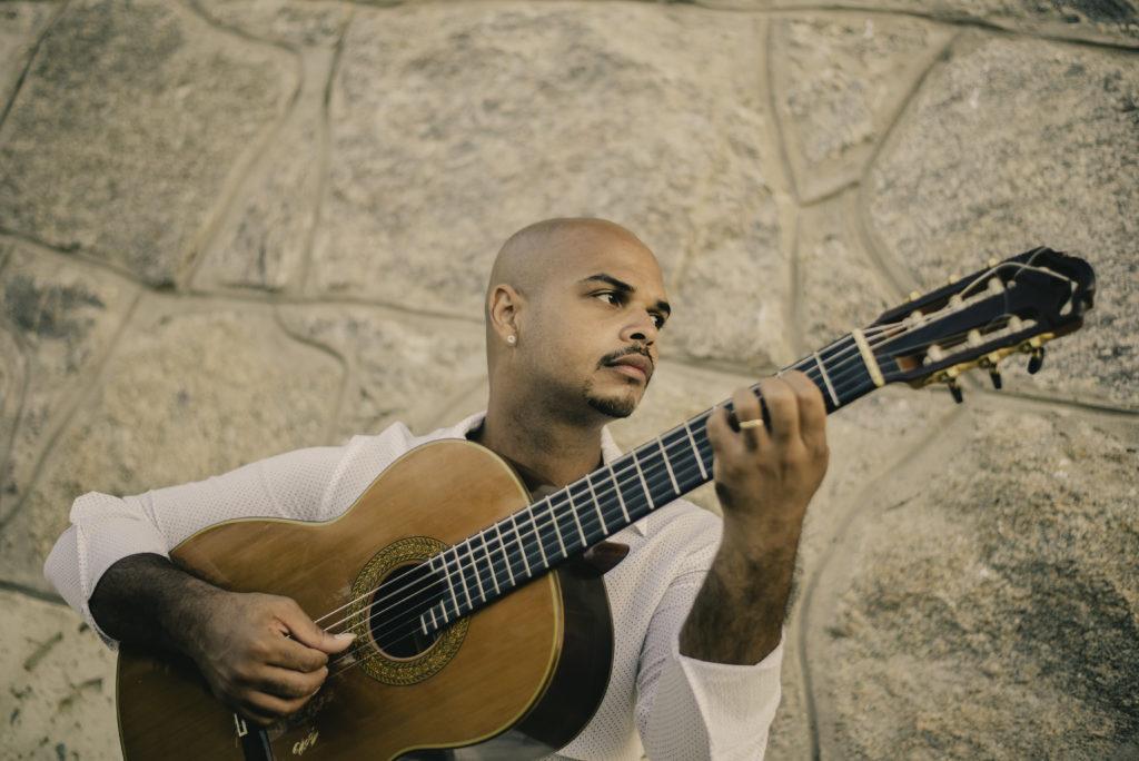 Marcell Powell por Éden Barbosa - Gitarren-Klänge aus dem fernen Brasilien